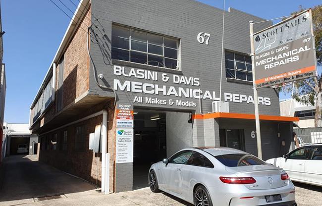 Blasini and Davis image