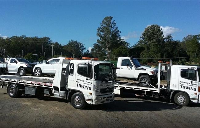 North Lakes & Districts Towing image