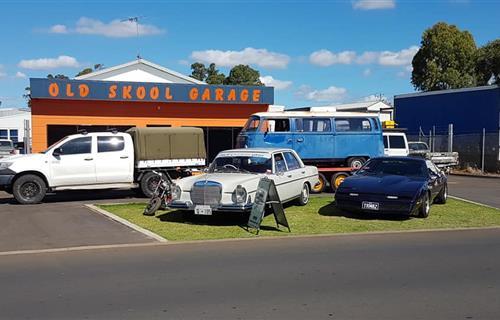 Chalky's Old Skool Garage image