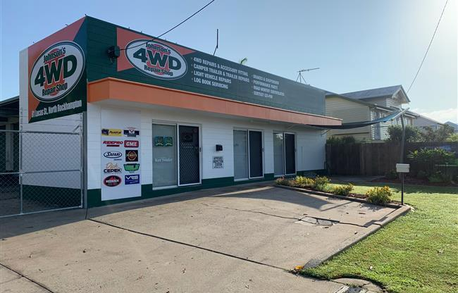 Johnson's 4WD Repair Shop image