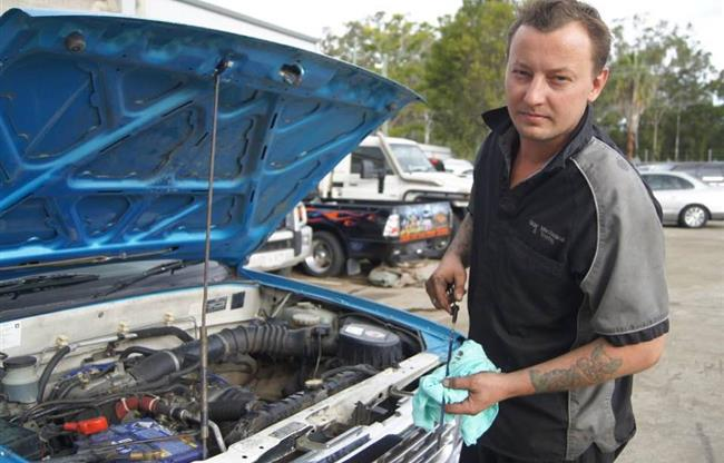RAW Mechanical & Towing image