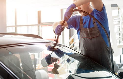 Canberra Windscreens & Tinting image