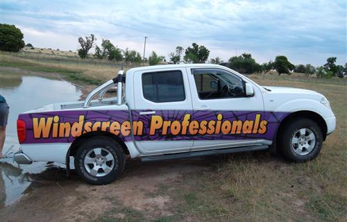 Windscreen Professionals And Mechanical image