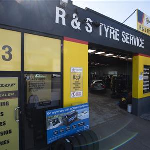 R & S Tyre and Auto profile image