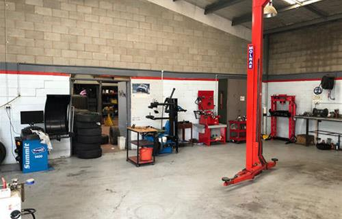 Albury Auto Mechanics & Gas image
