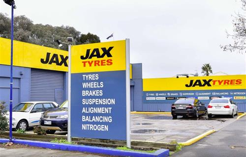 Jax Tyres Bendigo image