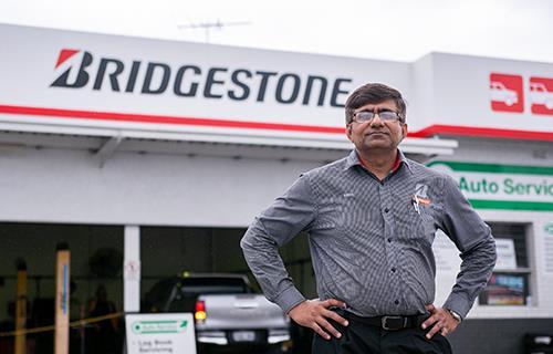 Bridgestone Select Malaga image