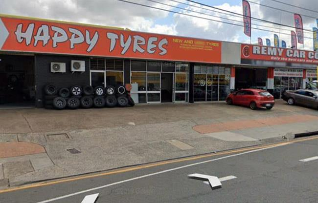 Happy Tyres image